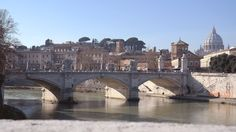 A Glimpse of Two Countries #Rome #Italy
