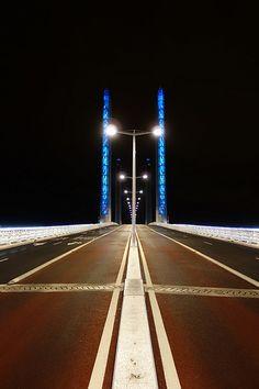 Jacques-Chaban-Delmas-Brücke Bordeaux Mise en lumière Yann Kersalé