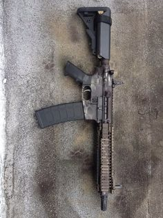 AR 15 with 40 round magazine