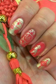 Chinese New Year Manicure. Year of the Horse.