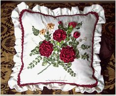 Embroidery Flowers Pattern, Embroidery Bags, Silk Ribbon Embroidery, Bed Cover Design, Cushion Cover Designs, Ribbon Projects, Pillow Crafts, Embroidered Cushions, Brazilian Embroidery