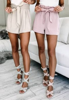 #spring #outfits 'All Rounder Shorts In Mauve' (right) + 'Tied Down Playsuit In White And Beige' (left) ✨✨
