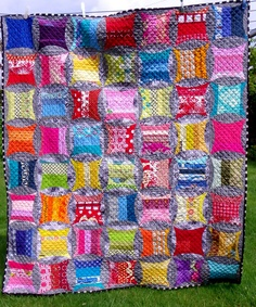 by alison at little island quilting using quick curve ruler.  love.