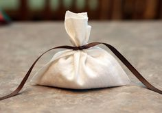 Homemade No-Sew sachets On A Dime - rice and your own perfume