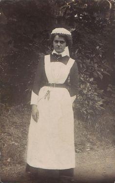 Edwardian housemaid