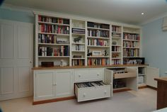 Bookcase with lateral filing