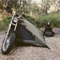 New Motorcycle Camping Harley Roads 65 Ideas Motorcycle Tent, Motorcycle Trailer, Scrambler Motorcycle, Motorcycle Style, Bike Style, Motorcycle Accessories, Harley Davidson Iron 883, Custom Bobber, Custom Bikes