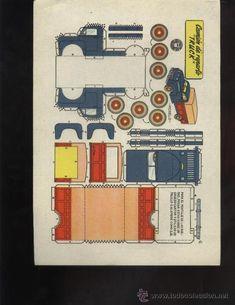 Paper Model Car, Paper Car, Origami Paper Art, Diy Paper, Free Paper Models, Oragami, Car Drawings, Paper Folding, Vintage Toys