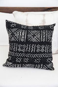 Hendrix & Harlow Desert Night Tribe Cushion