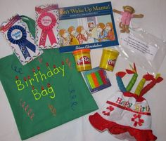 Literacy Bags - good ideas - I could save $ and make these!