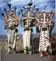 Speaking with Beads: Zulu Arts from Southern Africa, Jean Morris and Eleanor Preston Whyte 1994