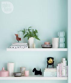 How to: Bookshelf styling 101 {PHOTO: Michael Nangreaves}