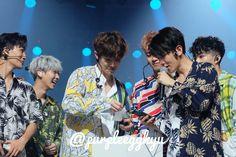 Kyungsoo, Chanyeol, Exo Kokobop, Exo Music, Exo Couple, 3 I, Beautiful Boys, Couples, Jakarta