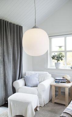 VITRO - hanginglamp in matt frosted white glass.