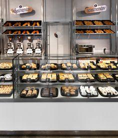Jégbüfé NumberNowDesign & Ábris Gryllus, Budapest hotels and restaurants… Bakery Shop Design, Retail Store Design, Restaurant Design, Patisserie Design, Bakery Decor, Bakery Display, Bakery Store, Bakery Cafe, Pastry And Bakery