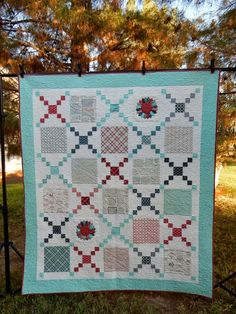 A Quilting Life - a quilt blog: New Quilt Patterns! layer cake quilt
