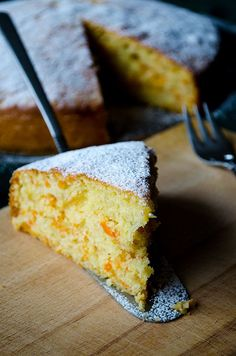 Fluffy ginger carrot cake with a fool proof recipe. This is a not too sweet cake and you can arrange it to your taste with powdered sugar dusting. | giverecipe.com | #cake