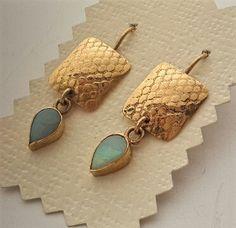 Opal gold earrings drop shape  genuin design dangled by OakaTitan