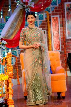 Deepika Padukone on Comedy Nights with Kapil : Deepika looked breath-takingly beautiful in a Sabyasachi lovely saree. Her hairstyle and makeup is perfect. And I love the Curio Cottage earrings. Beautiful!