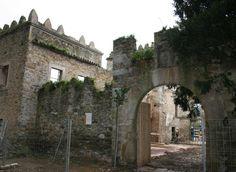 Paisajes de Asturias inicia la consolidación de las Torres de Donlebún, en Barres