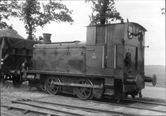 In gebruik bij de NS op de NTM-lijn Steenwijk - Gorredijk Steam Locomotive, Track, Black And White, Pictures, Black White, Photos, Runway, Black N White, Running