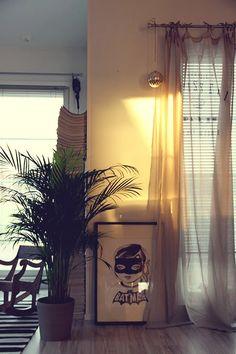 Koti kolmelle - Sisustus & Lifestyle #kotikolmelle #poster #batgirl