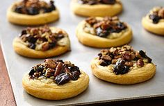 Fig and Blue Cheese Appetizer Tarts Recipe