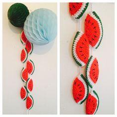 meloentjes slinger - melon crochet garland