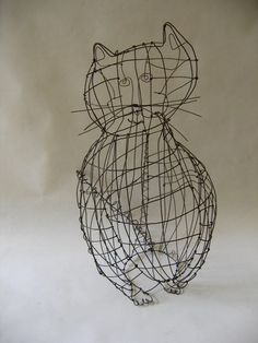 'The big cat' by French artist Claire Rougerie of De Beaux Souvenirs. Wire sculpture. via animalarium