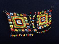 Beaded handmade colorfull hanging earing.