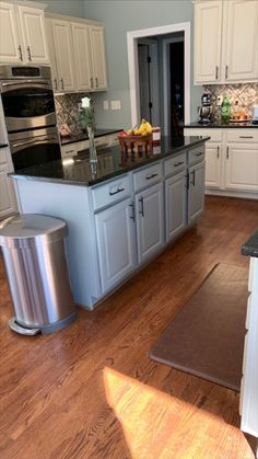 kitchen paint colors with white cabinets Now, cabinet refinishing can be accessible to many households and commercial buildings, and it is less expensive than cabinet replacement and installation. Kitchen Cupboard Doors, Old Cabinets, Painting Kitchen Cabinets, White Cabinets, Refinish Cabinets, Cabinet Refinishing, Kitchen Paint Colors, Cabinet Makeover