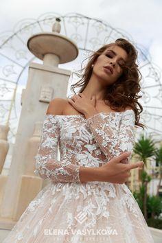 b088105918a Свадебное платье с открытыми плечами и гипюровыми рукавами оптом Кружевное Свадебное  Платье