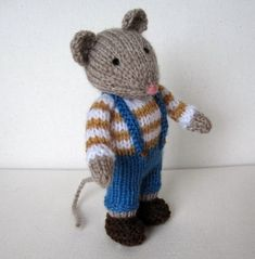 Pip the Mouse and pumpkins knitting pattern INSTANT by dollytime