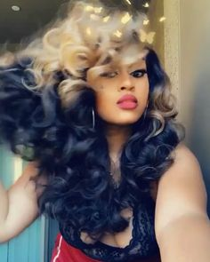 Do you like your wavy hair and do not change it for anything? But it's not always easy to put your curls in value … Need some hairstyle ideas to magnify your wavy hair? Weave Hairstyles, Pretty Hairstyles, Straight Hairstyles, Girl Hairstyles, 4c Natural Hair, Natural Hair Styles, Natural Skin, Haircuts For Curly Hair, Curly Hair Styles
