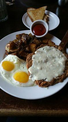Chicken fried steak and eggs [OC] [1440x2560]