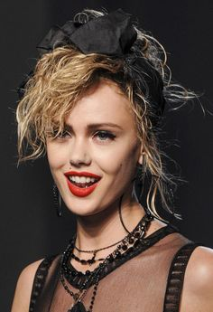 Session 28 - Madonna 's inspired Makeup & Hair Style Jean Paul Gaultier Spring Summer Jean Paul Gaultier, Paul Gaultier Spring, Eighties Hair, 1980s Hair, 1980s Makeup And Hair, Updo Styles, Hair Styles, 80s Fashion Party, Paris Fashion Week