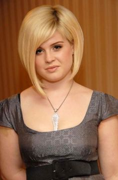 32 Best Hairstyle For Fat Women : Blonde Bob Hairstyle For Fat Women Thin Hair