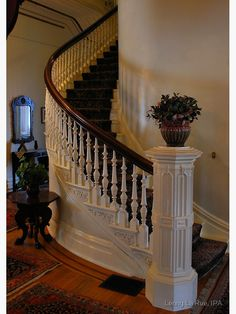 Note decoration at the edge of each step! Beautiful spiral staircase of California's historic Governor's Mansion by Lenny La Rue, IPA Victorian Interiors, Victorian Decor, Victorian Architecture, Victorian Homes, Architecture Design, Classical Architecture, House Interiors, Grand Staircase, Staircase Design