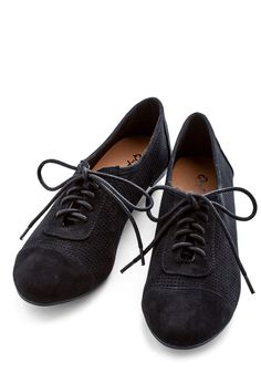 Carefree Choreography Flat in Black. Any dance sequence you create is only enhanced by the fancy footwork you do in these black lace-up flats. #black #modcloth