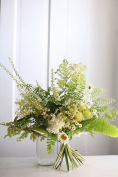 16 Best Ideas For Flowers Bouquet Vase Floral Arrangements Centerpieces Bouquet Bride, Fern Bouquet, Flower Bouquet Wedding, Rustic Bouquet, Rustic Flowers, Table Flowers, Deco Floral, Arte Floral, Floral Design