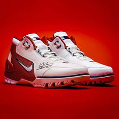 Head to @hypebeastsports and @unknwnmiami to find out how you can win a pair of LeBron James autographed Nike Air Zoom Generations.