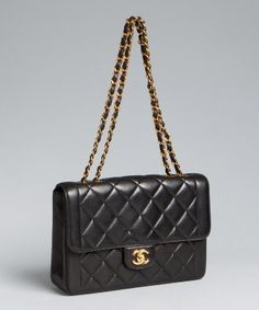 Chanel : black quilted leather classic shoulder bag : style # 318236801