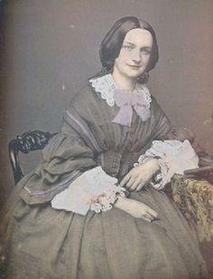 Victorian Women, Victorian Era, Antique Photos, Vintage Photos, 19th Century Fashion, Portrait Pictures, Fabric Bows, Female Images, Light And Shadow