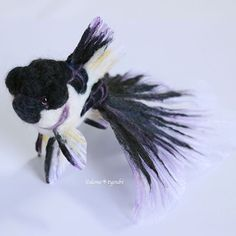 【demetyoubi】さんのInstagramをピンしています。 《Hello.  I made a Panda Oranda! https://www.etsy.com/listing/222080790/needle-felted-goldfishblack-and-white?ref=shop_home_active_2 I especially like his unique face and color. He have purple scales. He can stand by oneself. He can swim in the air if you hang it in a tenuous thread. I cannot make the same thing. If you like him, I'm so happy. I hope that he can meet a wonderful owner.  こんにちは。 今回は個性的な色合いの子を作ってみました。 パンダ出目金もいいけど、パンダオランダも可愛いんじゃないかな?と思って(笑)…