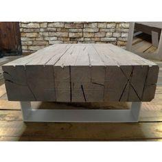 tavolino-da-salotto-con-travi-di-legno-massello-invecchiato-e-gambe-in-ferro-03 Outdoor Living, Living Spaces, Ottoman, Chair, Pallet, Furniture, Home Decor, Iron, Houses