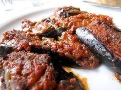 Street Food, Cuisine du Monde: Recette d'aubergines farcies au boulgour et aux légumes - vegan (Turquie)