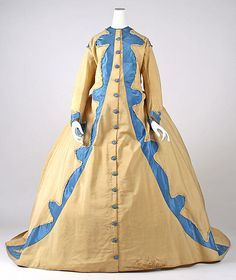 Dressing Gown    Date:      early 1870s  Culture:      American  Medium:      wool, silk, cotton  Dimensions:      Length at CB: 69 in. (175.3 cm)  Credit Line:      Gift of Mrs. Lee Woodward Zeigler, 1952  Accession Number:      C.I.52.52.3