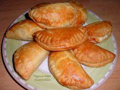 Τυροπιτάκια φούρνου, μικρά και ...στρουμπουλά φτιαγμένα με ζύμη γιαουρτιού! - Tante Kiki