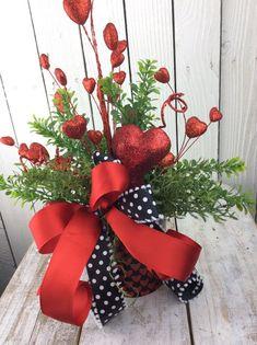 Valentine Centerpieces, Valentines Gift, valentines day decor, valentine day decor for Table, Valentines arrangment,valentines decorations
