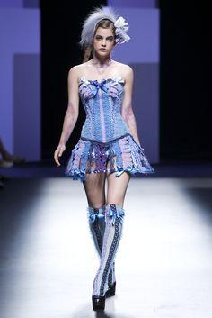 Bibian Blue Spring-Summer 2011, Womenswear - Catwalks (#11415)